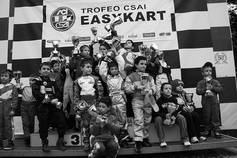 дети-призёры-турнира-картинг