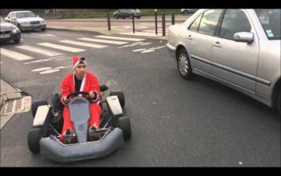 L'Acrobate — Le Père Noel fait du Karting